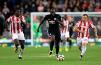 Red Devils back top with battling Stoke draw