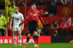 Run over but United stage vintage Lancashire derby fightback