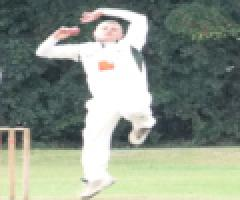 2's SLIP TO 1ST DEFEAT
